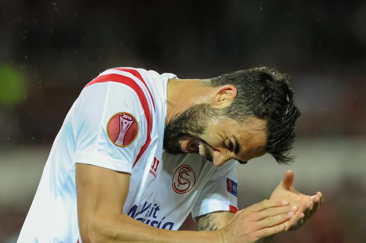 Fotografía de Carlos Bouza para Nthephoto. Iborra celebra un gol durante el encuentro entre Sevilla FC y FK Zenit correspondiente a  Europa League.
