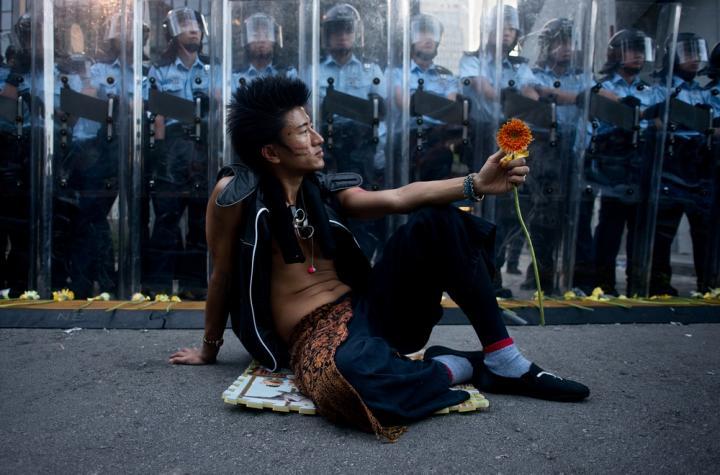 Fotografía de Miguel  Candela para Nthephoto. Protestante pro-democracia en las ocupaciones masivas de Hong Kong.