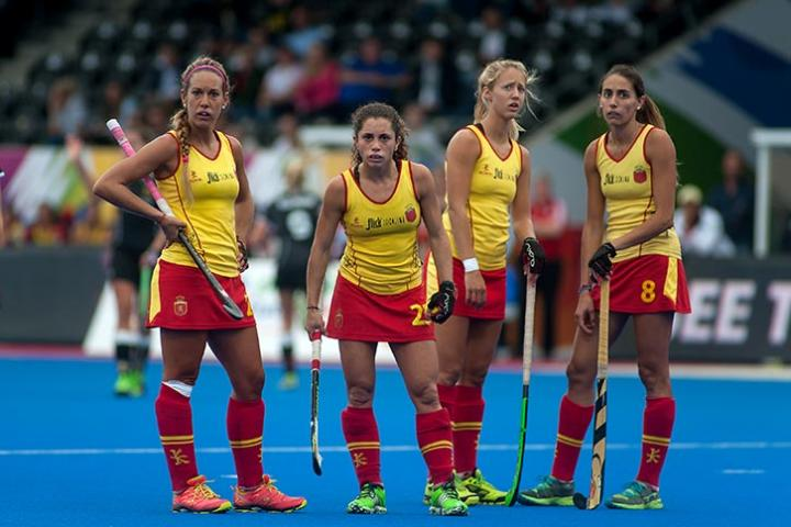 Fotografía de Anna Ferrer para Nthephoto. Jugadoras de la Selección Española en el Europeo de Hockey Hierba 2015