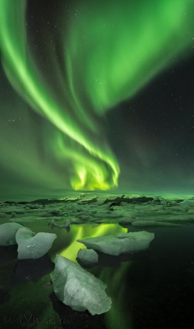 Fotografía de LUIS MANUEL VILARIÑO LOPEZ para Nthephoto. La aurora boreal es uno de los fenómenos naturales más impresionantes. La de esta imagen es fue de alta untuosidad y gran actividad
